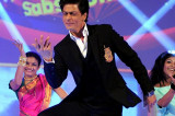 Shah Rukh Khan pays tribute to Raj Kapoor on India Poochega Sabse Shaana Kaun?