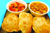 Mama's Punjabi Recipes: Puri (Deep Fried Puff Bread)
