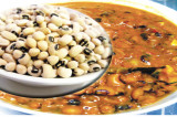 Mama's Punjabi Recipes: Lobia Di Kurri (Black Eyed Pea Curry)