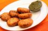 Mama's Punjabi Recipes: Aaloo Di Tikki (Potato Cutlets)