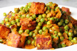 Mama's Punjabi Recipes: Tofu te Mutter di Turri (Tofu & Peas Curry)