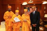 His Holiness Mahant Swami Maharaj Meets with Former President Barack Obama