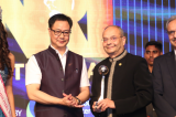 "Dr. Manu Vora Receives ""NRI of the Year Award 2018"" for Philanthropy"