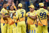 IPL 2015: Chennai Super Kings beat Royal Challengers Bangalore to set up summit clash with Mumbai Indians