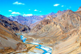 A complete guide to the Manali-Leh road trip