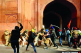 Kisan Morcha Calls Off Tractor Parade after Violence at Red Fort
