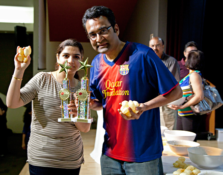 Poonam Ahuja and Rajiv Nema, winners of the Golgappa Eating Competition at ICC. (ICC photos) Read more at http://www.indiawest.com/news/11038-icc-cooking-event-features-chopped-judge-maneet-chauhan.html#bPIXobwTajFqptF3.99