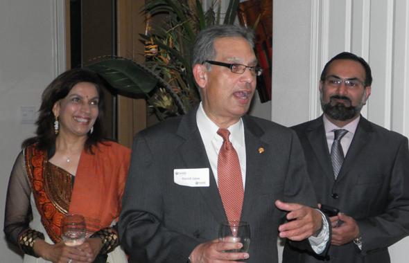 Harish Jajoo (center) and wife Shashi attended the fundraiser.