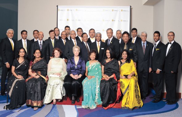 Houston Mayor Annise Parker with the Board and VIP guests at the Pratham Gala last Saturday, April 27 at the Hilton Americas.