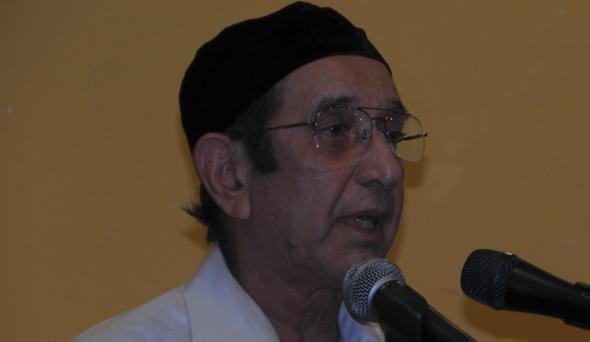 Hoshang Sethna represented the Zorastrian faith.