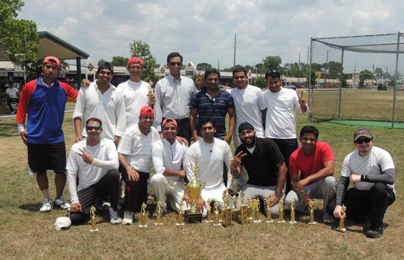 TCC Spring finals winners, Grady with chief guest Natraja Rao.
