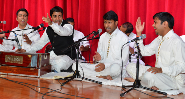 Riyaaz Qawwali opened the show with a bhajan.