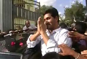 Jagan_walks_out-TV_grab_295_2