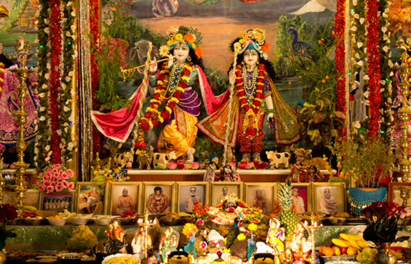 Grand Diwali And Govardhan Puja Celebrated At Iskcon