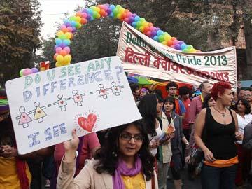 Gay_Parade_Delhi_360