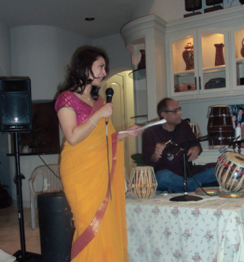 Sonali Patil emceed the event entirely in Hindi.