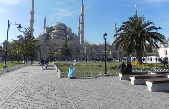 The Blue Mosque from the plaza