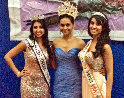 Mansee Sangani (center), crowned Miss India USA 2014, seen with the pageant runners-up