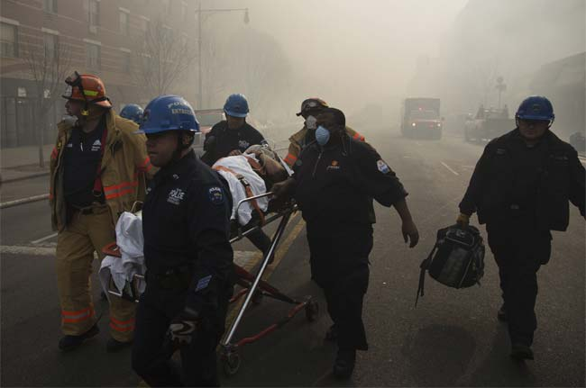 NEW_YORK_BUILDING_COLLAPSE_NYT_650