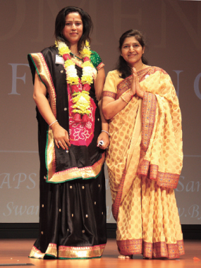 Keynote speaker Arpita Bhandari with BAPS volunteer.