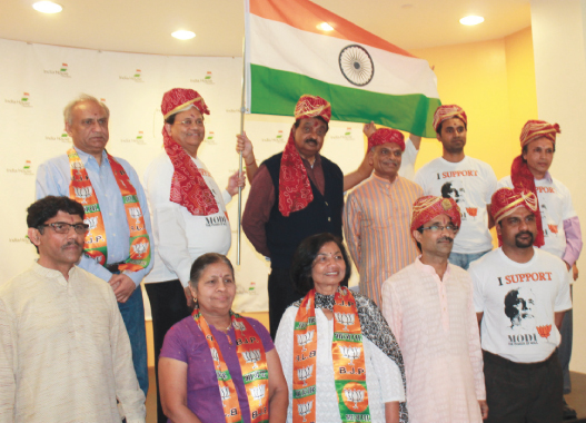 Back Row: from left:Pradeep Parekh, Gitesh Desai, Dr. Babu Suseelan, Sharad Amin, Lavan Reddy, and Dr. Bimal Talati.Front Row: from left: Vijay Pallod, Kusum Mehta, Meena Shah, Bhagwan Bhutada, and Madhukar Adi.                                      Photos: Manoj Rathi