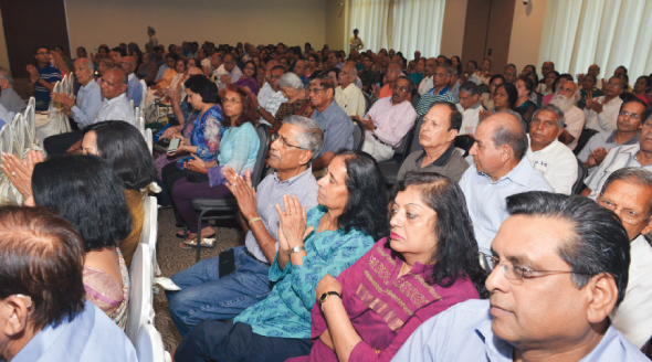 A packed house of over 200 people in attendance who listened to the Guru Ji.     Photos: Bijay Dixit