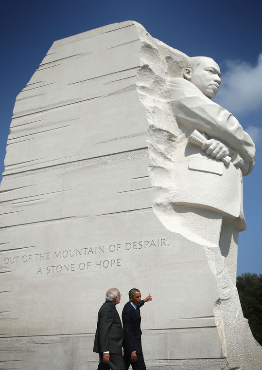 U.S. President Barack Obama (L) visits the Martin Luther King Memorial with Indian Prime Minister Narendra Modi (R) after an Oval Office meeting at the White House Sept. 30 in Washington, DC. (Photo: Alex Wong/Getty Images)