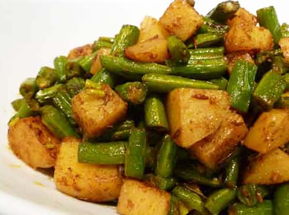 Mamas punjabi recipes aloo frans bean potatoes and green beans recipe in forumfinder Gallery