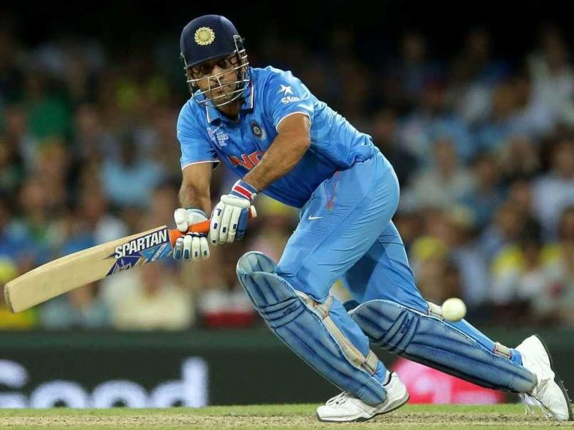 ms-dhoni-sydney-world-cup-
