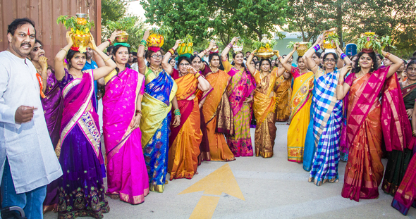 Houston Celebrates Thanksgiving Festival Of Bonalu In August