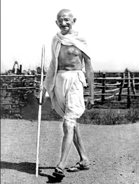 the life of mahatma gandhi Mahatma gandhi mohandas karamchand gandhi, more commonly known as 'mahatma' (meaning 'great soul') was born in porbandar, gujarat, in north west india, on 2nd october 1869, into a hindu modh.