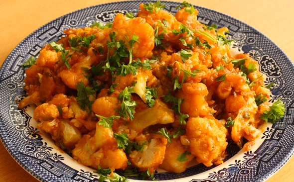 Mamas punjabi recipes aaloo gobi di sabzi sauteed potatoes like a few other vegetables phul gobi or cauliflower or simply gobi is favored for its versatility to create many dishes forumfinder Gallery