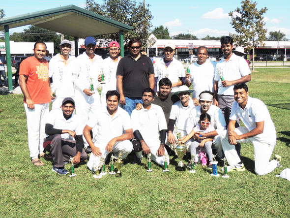 Runners up Cougars with Chief Guest Sudhi Seshachala