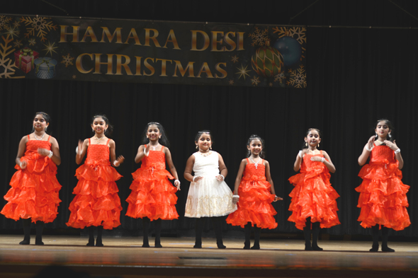 Indians celebrate 9th hamara desi christmas indo for Annam indian cuisine houston