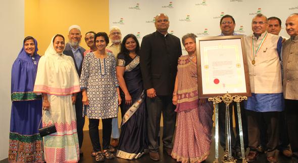 Ramesh Shah with Bohra community and Gujrathi samaj members