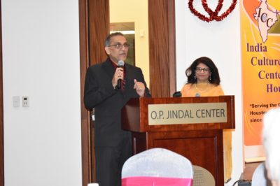 Sangeeta Pasrija (right), IHA National Director, and Swapan Dhairyawan, IHA National President, opened up the evening's cultural festivities.