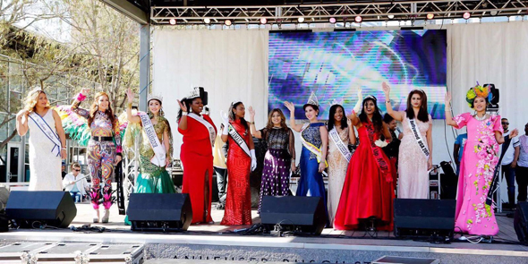 The beauty queens onstage with Sangeeta Dua (center) at the festival.