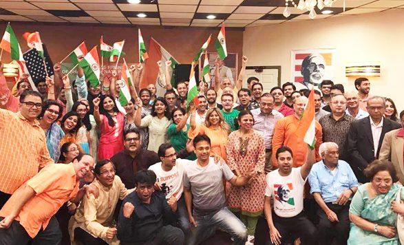 Achalesh Amar welcomes BJP supporters.
