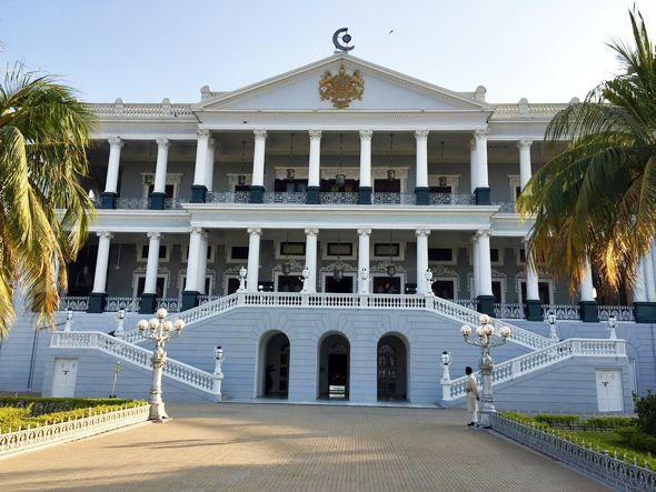 Falaknum Palace was built atop a hill by Nizam's prime minister Nawab Vikar-ul-Umra from 1894-1890. Nizam was invited for a short stay, but never left. At 93,971 square feet on a 32-acre site, it is the largest palace in the world.