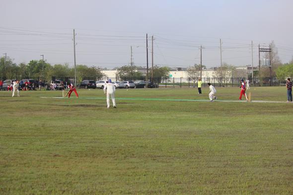 India-House-Cricket-&-Holi-in-4