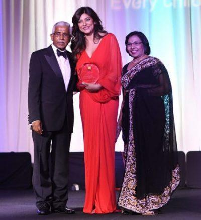 Pratham USA Board of Director, Swatantra Jain and Bimla Jain with Sushmita Sen.