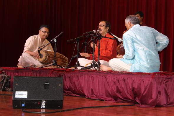 Sri-Guru-in-1