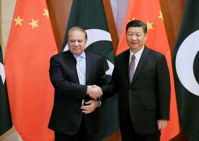 Pakistani Prime Minister Nawaz Sharif meets Chinese President Xi Jinping ahead of the Belt and Road Forum in Beijing, China May 13, 2017. REUTERS/Jason Lee