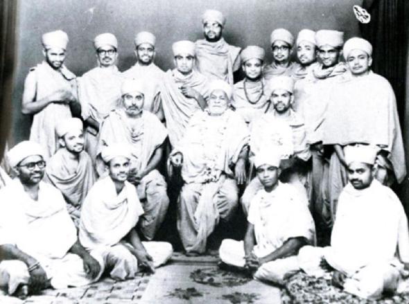 Mahant Swami Maharaj with Yogiji Maharaj and Pramukh Swami Maharaj