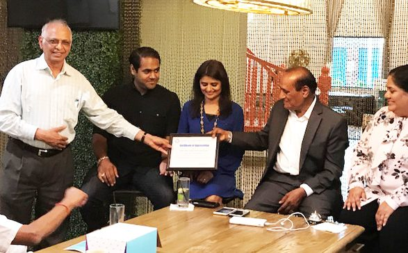 ASIE Architect Member Danny Shah presenting a Certificate of Appreciation to Dalwadi Hospitality Team for hosting the event