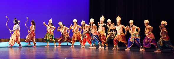 The monkey army follows Rama and Lakshmana to fight Ravana