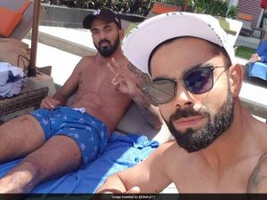 kl-rahul-and-virat-kohli-pool_806x605_71501476450
