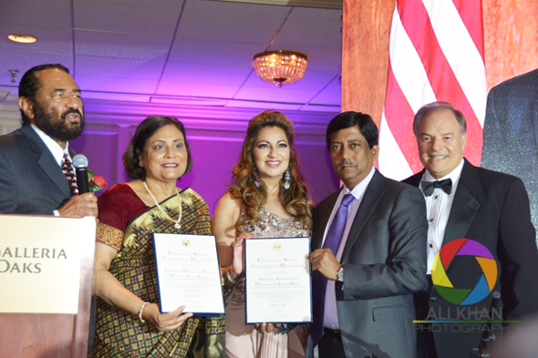Congressman Al Green (D) brought together the team which coordinated the Gala event, from left Dr. Madhu Aggarwal of Pittsburgh; co-emcee Dr. Manju Sachdev of Victoria, AAPI President Dr. Gautam Samadder and co-emcee, Riceland COO Nick Lampson