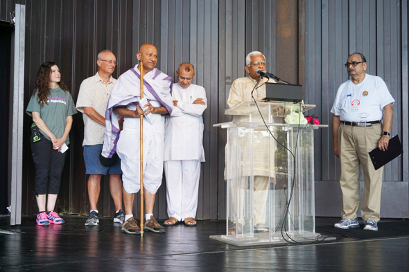 Opening ceremony of Walk For Peace.  In picture, Vinod Arora as Mahatma Gandhi, Sesh Bala, the coordinator of Walk For Peace and Grand Marshalls, Kristen Lee Ohanyan, Bob Flemming of Compassionate Houston, and Ramesh Shah of Ekal Vidyalaya.