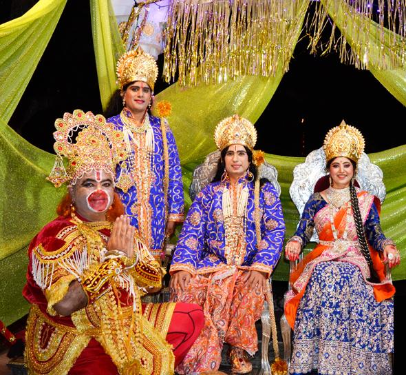 Photos: Radha Madhav Dham & Shhyam Moorthy